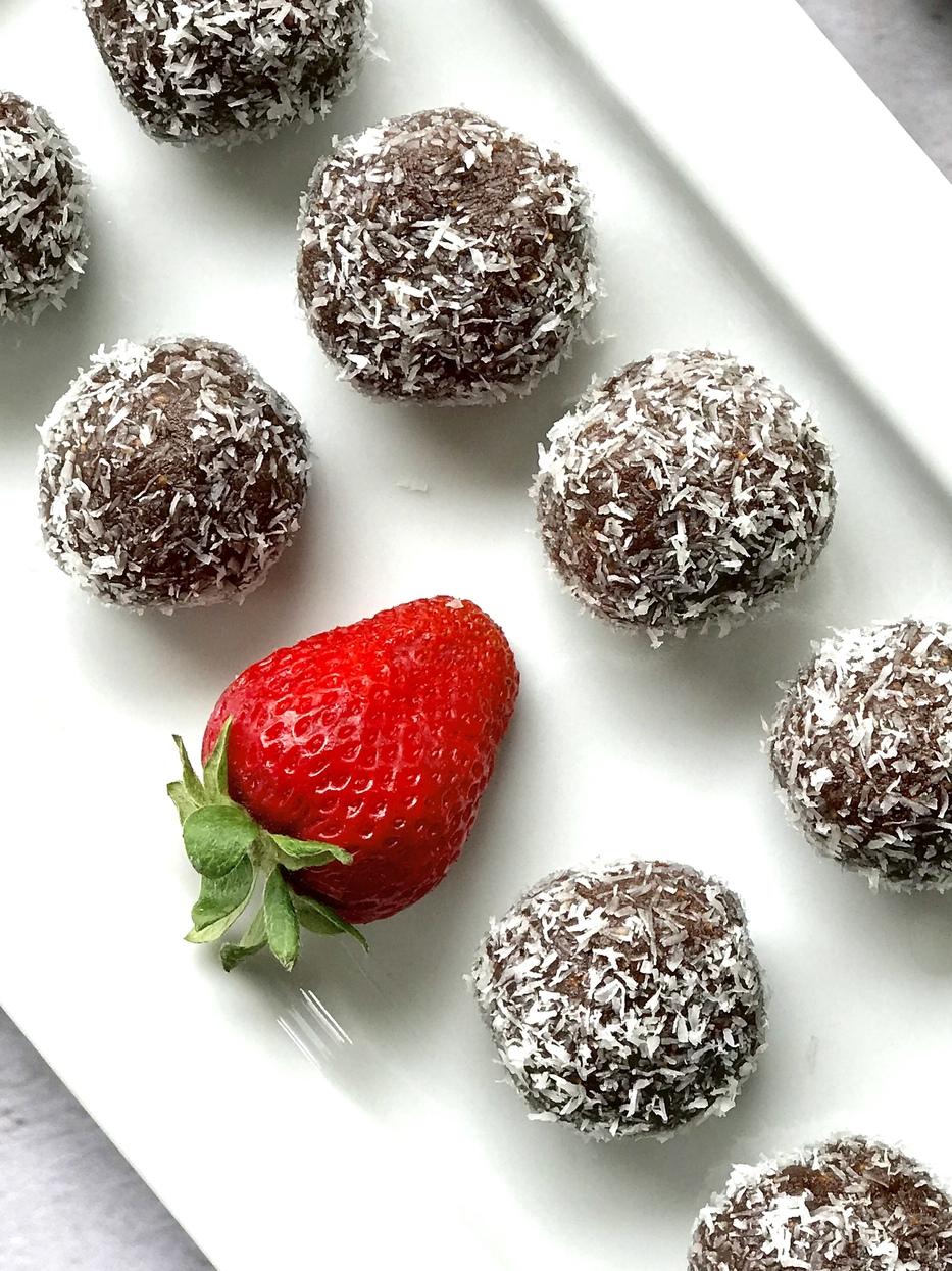 Chocolate Walnut Fig Bites